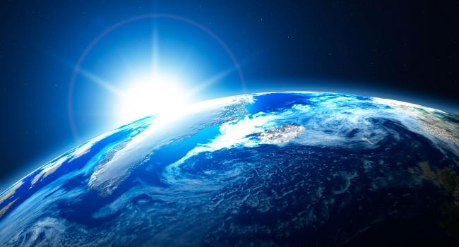 К Земле приближается неопознанный объект