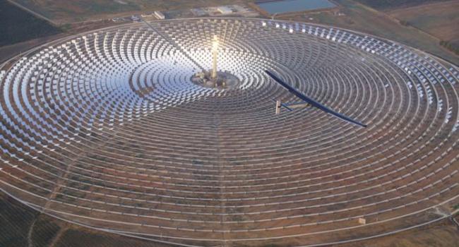 Путешествие самолета на солнечных батареях продолжается