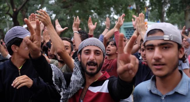 Жители Европы боятся терактов из-за беженцев