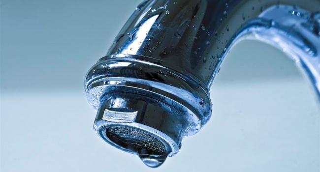 В трех районах Киева отключат воду