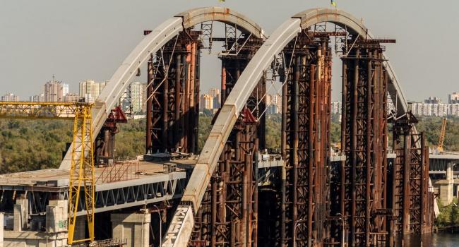 Германия поможет в строительстве моста в Киеве