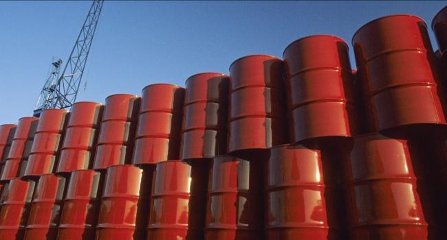 Лондонские торги закончились очередным падением цен на нефть