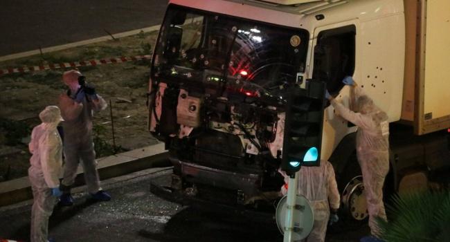 Вантажівка, яка влетіла в натовп в Ніцці була взята на прокат