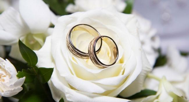 Міністр юстицій роз'яснив, як будуть одружувати за добу