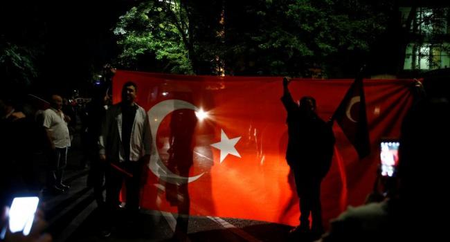 Военное положение в Турции - фоторепортаж