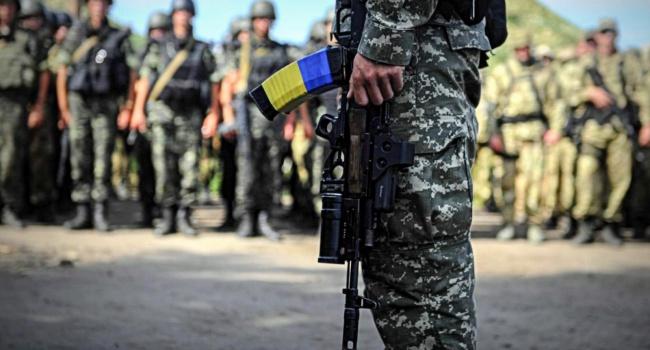 Украинские женщины смогут записаться на службу в боевые подразделения ВСУ
