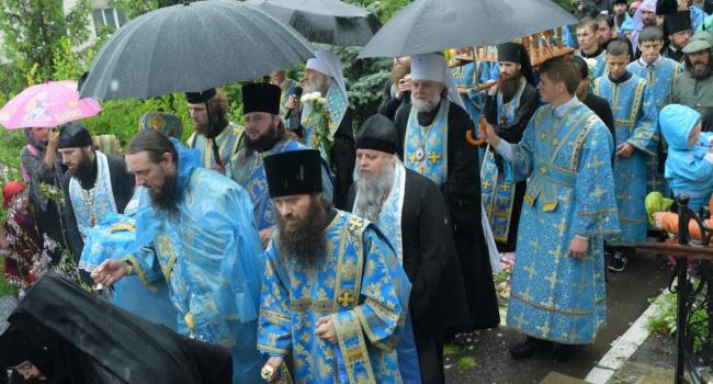 Российские спецслужбы и Захарченко устроят провокации против крестного хода