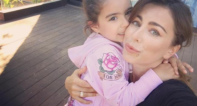 Ани Лорак боится за психику дочери