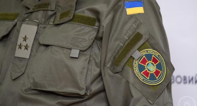 ВЗапорожской области бронемашина нацгвардии въехала встену дома