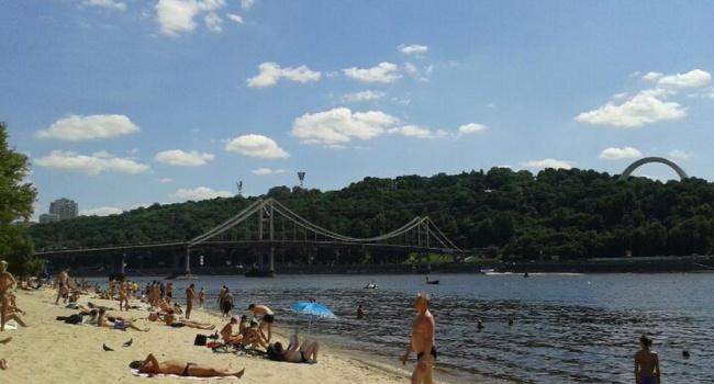 Встолице временно нерекомендуется купание на 3-х пляжах