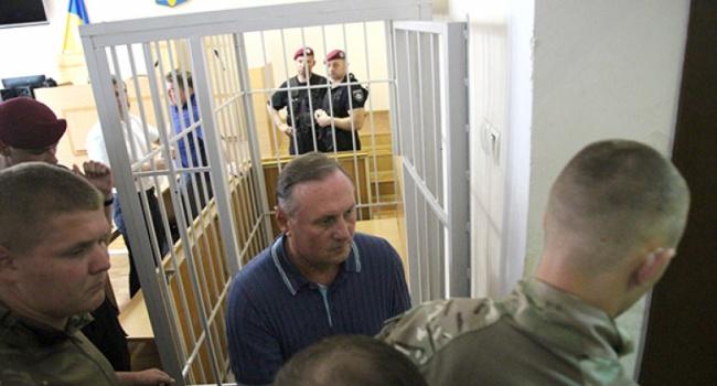 Ефремов под арестом будет находиться до28сентября— Суд постановил