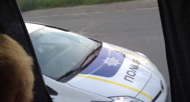 Нарушитель разбил две полицейские машины— Стрельба вЧерновцах