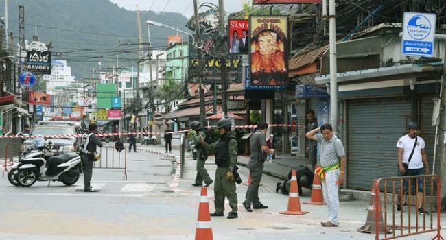 ВТаиланде милиция нашла два взрывных устройства впровинции Пхангнга