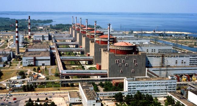 Пятый энергоблок Запорожской АЭС отключен отсети из-за ремонтных работ