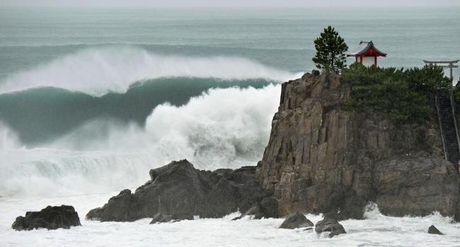 Тайфун «Омаис» затопил поселок насевере Японии