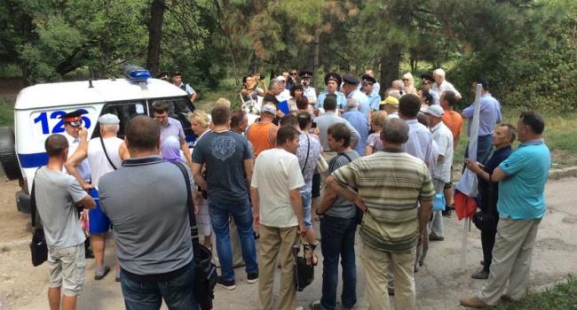 Оккупанты разогнали разрешенный митинг «Обманутый Крым»