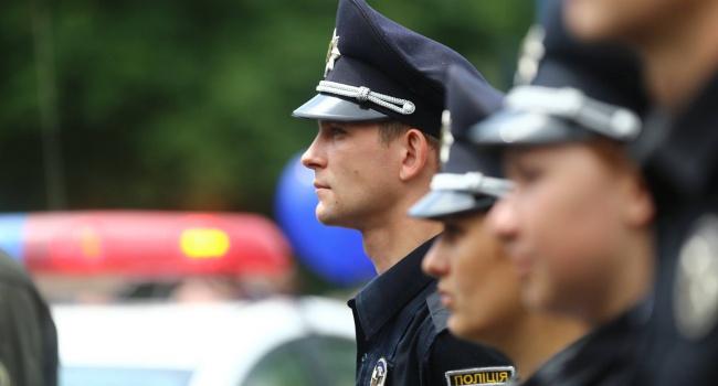 ВЧеркасской области столкнулись микроавтобус игрузовик: один погибший