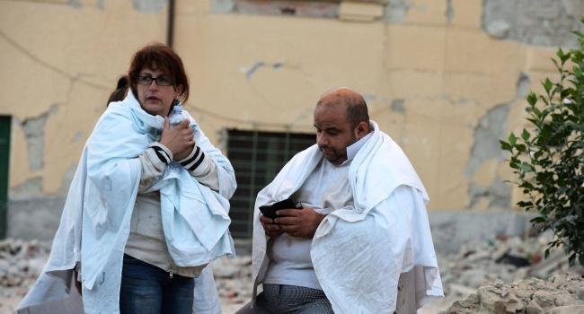 Итальянские власти докладывают ожертвах в итоге землетрясения