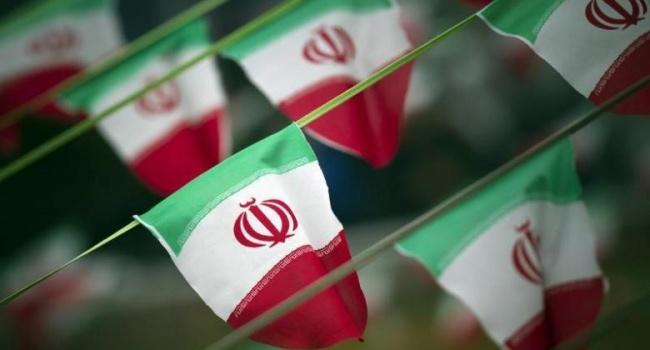 Иран арестовал переговорщика поядерной сделке из-за опасений вшпионаже