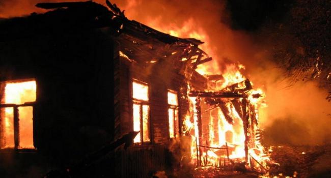 В Днепре пьяница чуть не спалил себя и свой дом