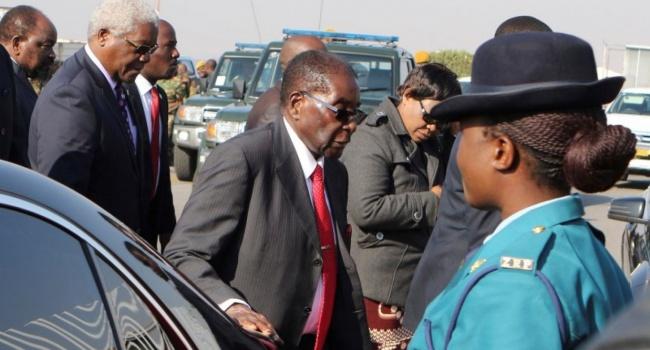 "Президент Зимбабве Роберт Мугабе: в свои 92 я - ""как огурчик""!"