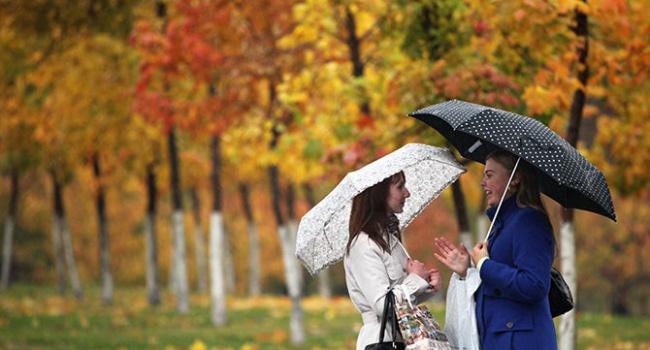 ВОдессе ожидаются ливень, гроза исильный ветер— Штормовое предупреждение