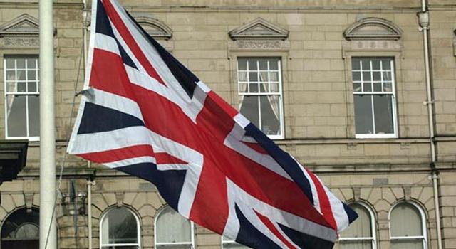 Эксперты: получить британское гражданство реально, но утомительно