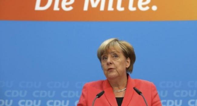 Канцлер ФРГ признала: Власти страны оказались неподготовлены кпотоку мигрантов