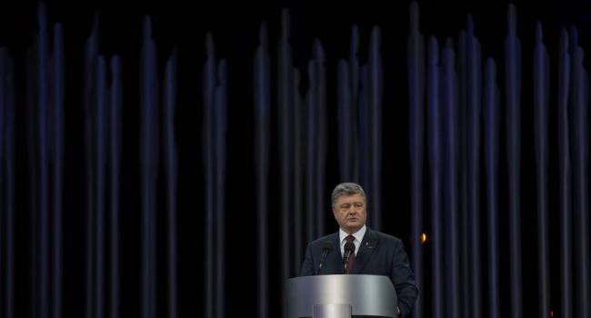 Президент: Моральним обов'язком для світової спільноти є недопущення повторення злочинів проти людства