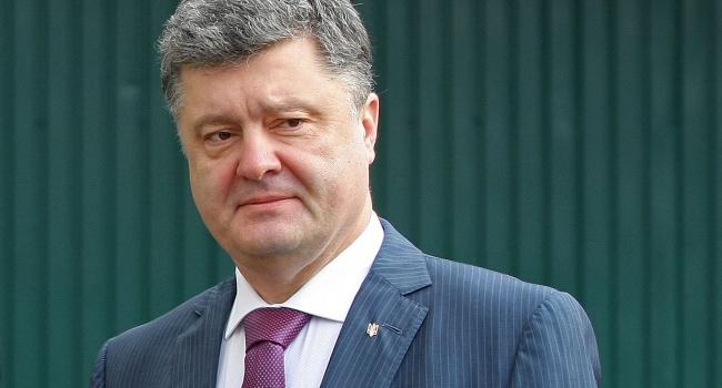 Порошенко подписал указ опраздновании Дня Достоинства иСвободы