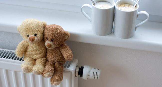 Вкиевских школах и клиниках завтра включат отопление— Кличко
