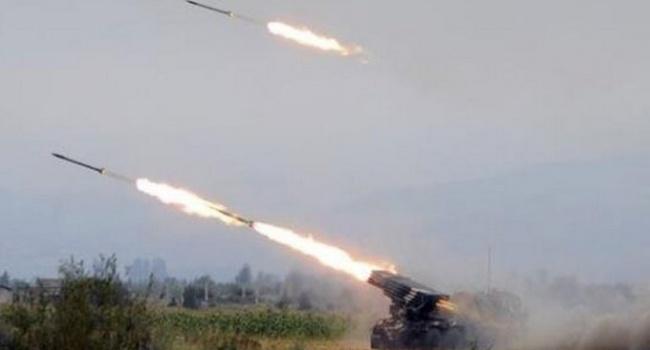 Российские террористы обстреляли из пушек калибром 122-мм наши позиции возле Широкино и Водяного, - пресс-центр штаба АТО - Цензор.НЕТ 4585