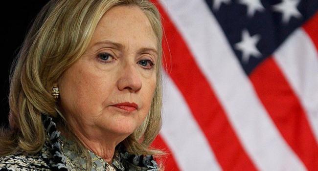 Последствия скандала: Клинтон оторвалась отТрампа на14%