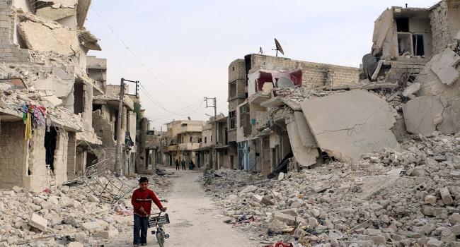 Росія і Сирія знову бомблять Алеппо, є жертви