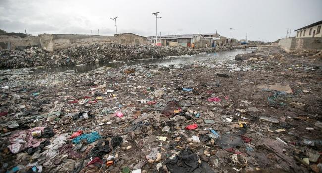Пан ГиМун прибыл наГаити, чтобы увидеть разрушения отурагана «Мэттью»