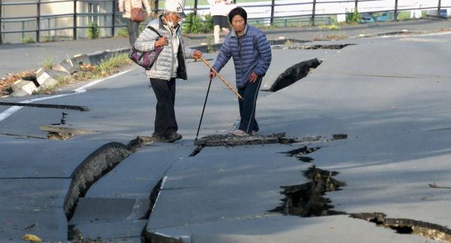 Сильное землетрясение случилось вЯпонии