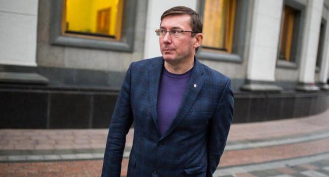 Луценко до кінця року передасть всуд справу проти Януковича