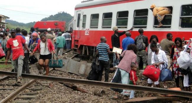 При крушении поезда вКамеруне погибли 55 человек