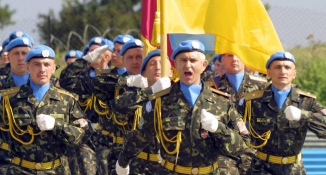 Запериод 2014—2016 годов договоры заключены с85 тыс. военных— Муженко