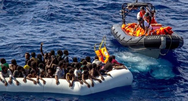 ВИталию прибыли практически 700 мигрантов, спасенные вСредиземном море
