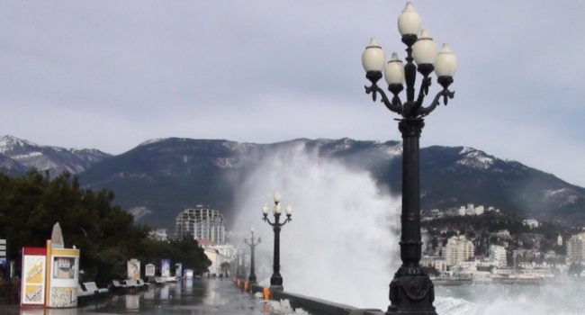 До8ноября вКрыму предполагается штормовой ветер