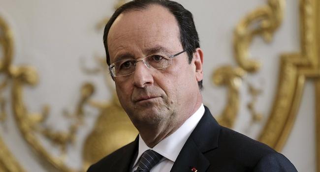 ВЕлисейский дворец передан проект резолюции обимпичменте Франсуа Олланда