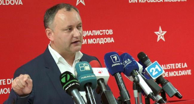 Назад в СССР: Додон инициирует референдум об отмене ассоциации с ЕС