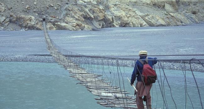 Эксперты назвали самый страшный мост в мире