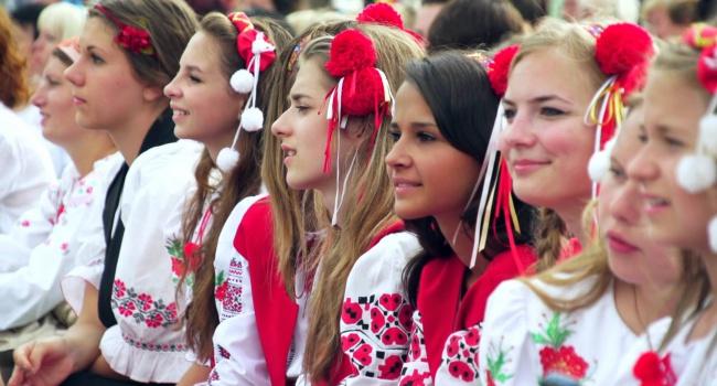 Российский актер: в Украине появилось новое общество