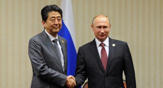 Путин сделал хитрый ход, подставив премьер-министра Японии