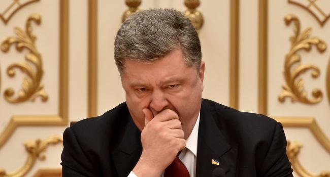 В соцсетях высмеяли обещание Порошенко