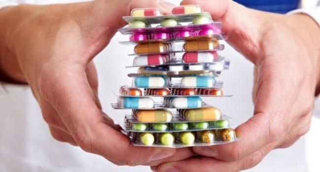 Мед. работники пичкают детей сОРВИ неэффективными препаратами— Минздрав предупреждает