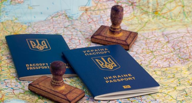 Дипломат: решение по безвизу будет озвучено уже через две недели