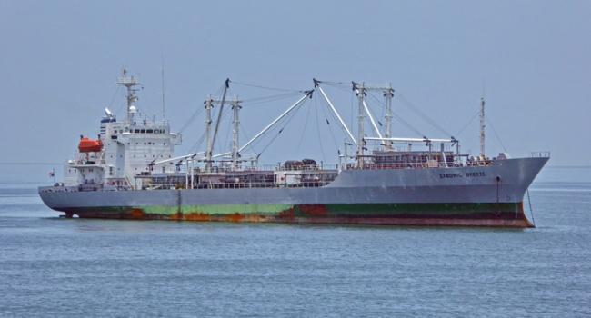 ПосольствоРФ вНигерии подтвердило захват пиратами троих русских моряков